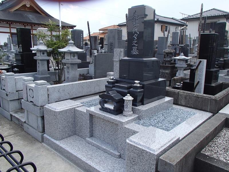 甲府市 N様 新規墓地工事のサムネイル